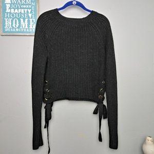 Guess Long Sleeve Knit Sweater W/ Ties Medium